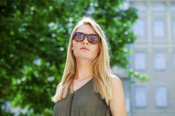 beautiful girl sunglasses