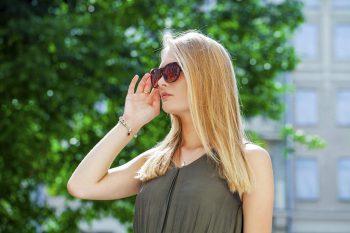 beautiful woman sunglasses