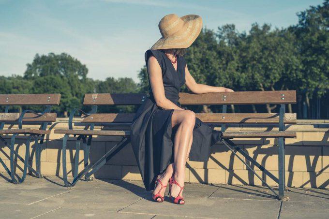 woman wearing hat